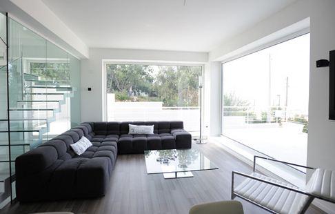 Finestre in alluminio bilello infissi for Vetrate case moderne